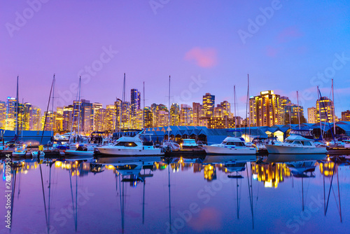 Photo  Beautiful view in Vancouver Downtown,British Columbia, Canada