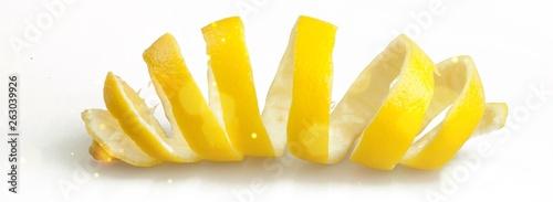 Obraz na plátně  Spiral sliced skin of lemon isolated on white background