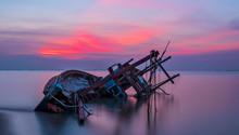 Shipwreck In Kratinglay Beach ...