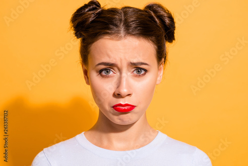 Photo  Close-up portrait of her she nice cute attractive lovely winsome offended teen t