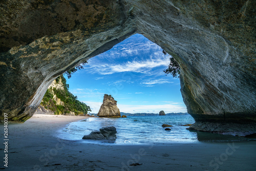 Poster de jardin Cathedral Cove view from the cave at cathedral cove,coromandel,new zealand 45