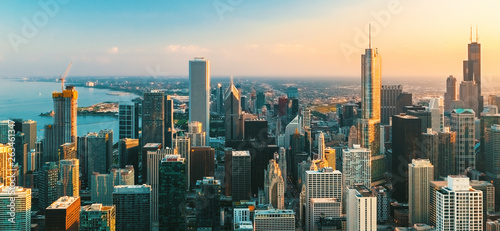 Poster de jardin Inde Downtown Chicago cityscape skyscrapers skyline at sunset