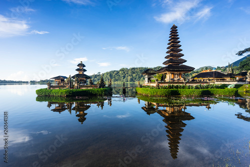 Photo sur Toile Bali Pura Ulun Danu Bratan temple.