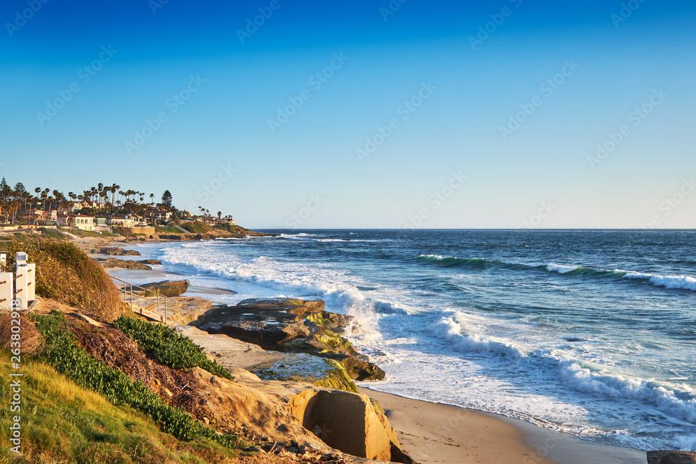 Fototapeta View South to Big Rock Reef from the coastal path along Windansea Beach, San Diego