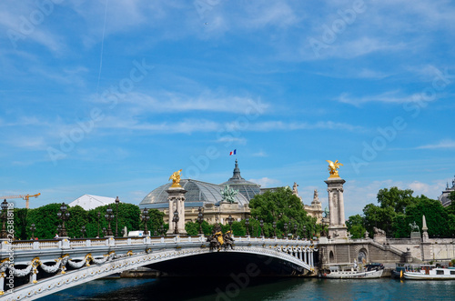 Deurstickers Historisch geb. France, Paris, the Grand Palais and the Alexander III bridge pylons