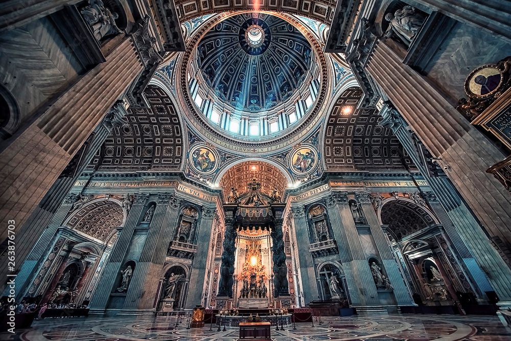Fototapety, obrazy: Inside the St Peter's basilica in the city of Vatican