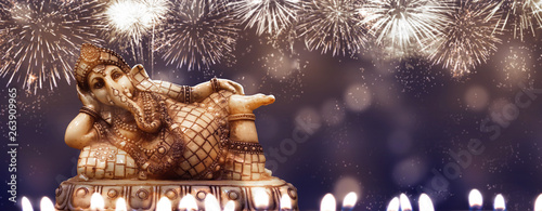 Fotografiet  diwali hintergrund mit ganesha