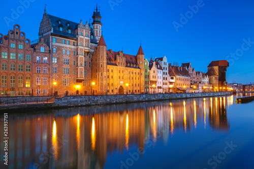 Fototapety, obrazy: Old town of Gdansk reflected in the Motlawa river at dusk, Poland.