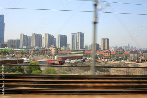 Deurstickers Brooklyn Bridge China's high-speed railways are a long way off
