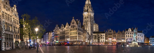 Fototapeta old town antwerp belgium in the evening high definition panorama obraz