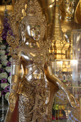 Tuinposter statue of buddha in a buddhist temple (Wat Phra That Haripunchai) in Lamphun (Thailand)