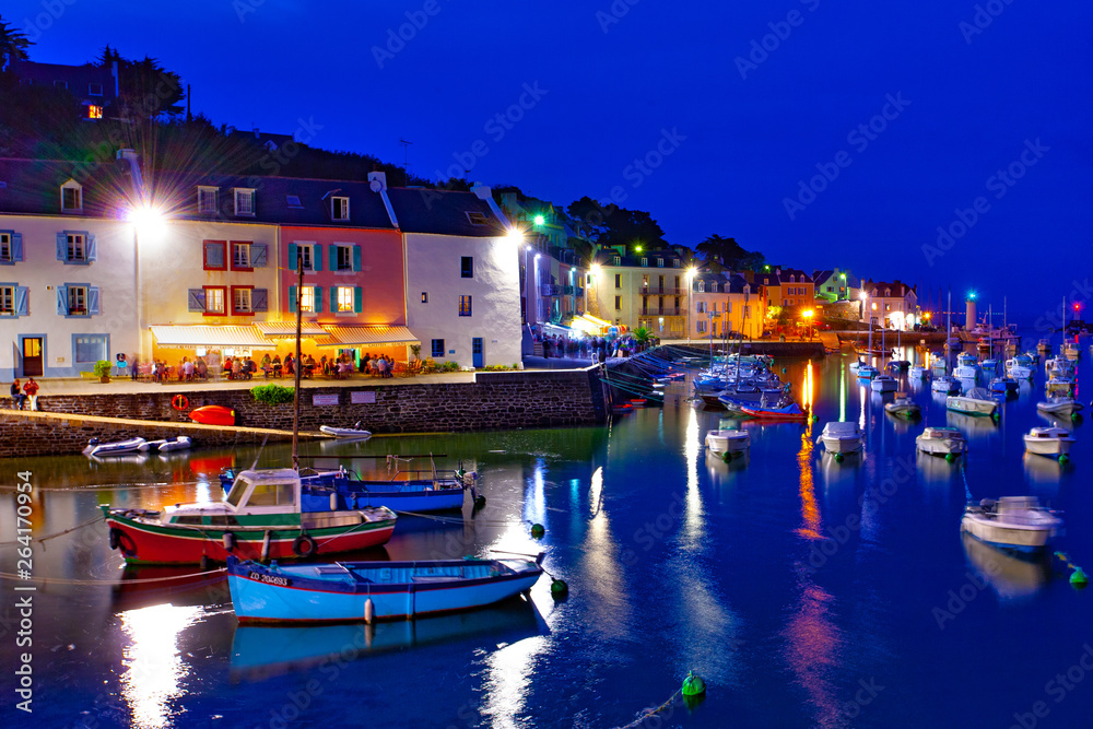 Fototapeta france; brittany,belle-île-en-mer  island  : sauzon port at twilight