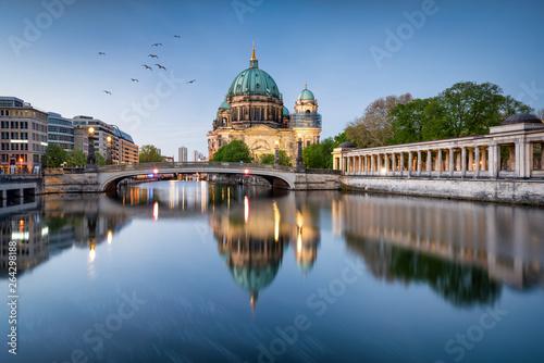 Fotobehang Berlijn Museumsinsel und Berliner Dom in Berlin, Deutschland