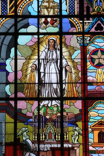 Wallpaper Mural Apparition de la Vierge à Bernadette Soubirous