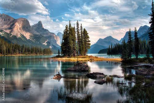 Foto auf AluDibond Grau Spirit Island - Jasper, Alberta, Canada