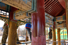 Details Of Pillars And Wooden ...