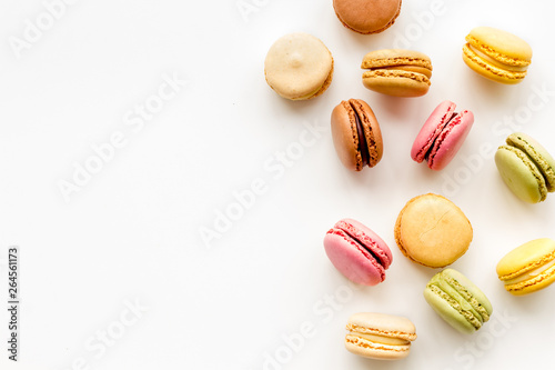 Door stickers Macarons Macarons dessert pattern on white background top view copy space