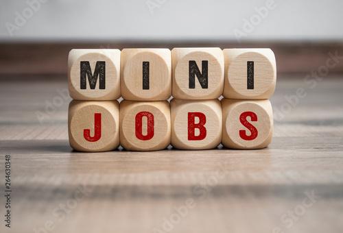 Valokuva  Würfel mit Mini Jobs