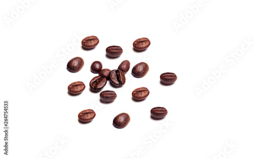 Poster Café en grains coffee beans on white background