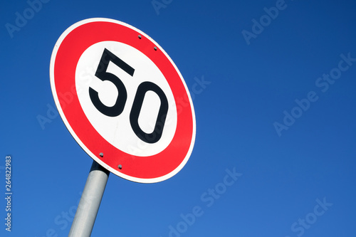 Fotografía  German road sign: speed limit 50 km/h