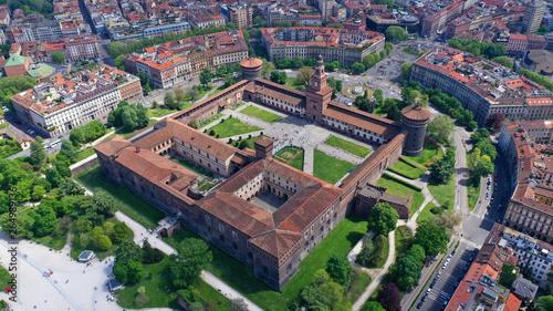 Fotografia Aerial drone photo of iconic medieval Castle of Sforza or Castello Sforzesco and