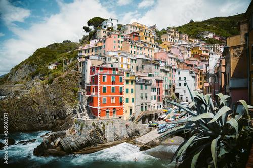 Fototapety, obrazy: Classic view of Riomaggiore, Cinque Terre, Italy