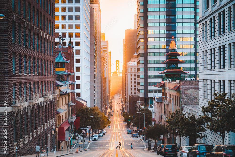 Fototapety, obrazy: Downtown San Francisco with California Street at sunrise, San Francisco, California, USA