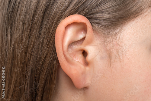 Close up of human head with female ear Billede på lærred