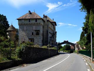 Fototapeta na wymiar Tourronde Castle