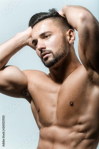 Sexy naken fitness modeller