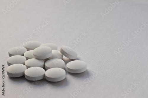 Photo sur Plexiglas Zen pierres a sable Tablets scattered on the table