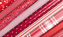 Red And White Gift Wrapping Pa...