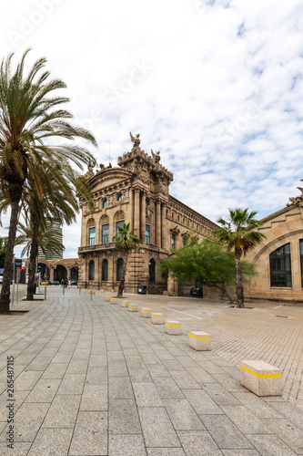 Photo  Customs Building at the Port of Barcelona, Spain in Europe