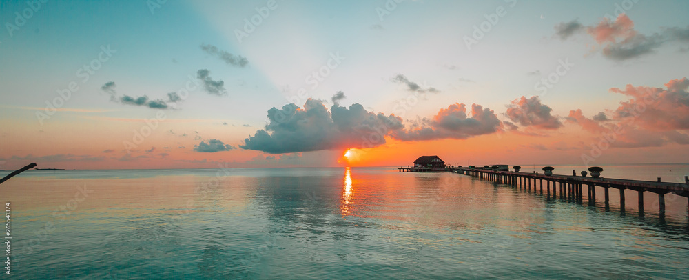 Fototapety, obrazy: Beautiful colorful sunset in tropical island at Maldives