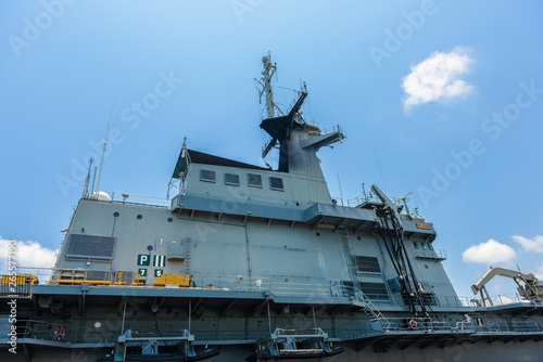 Leinwand Poster Close-up pictures of the Chakri Naruebet boat, battleship from the Thai port at