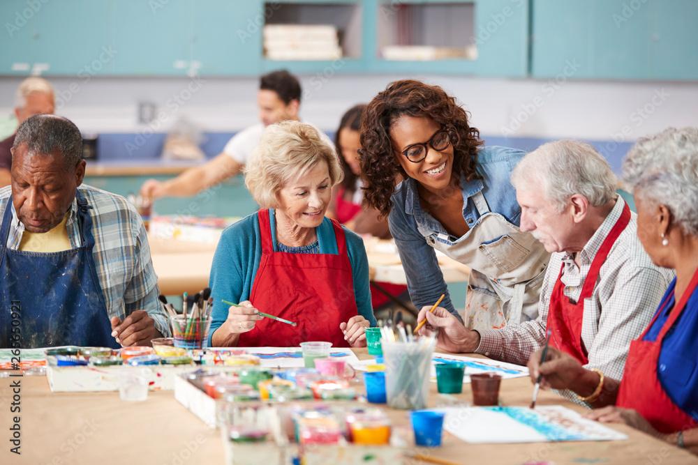 Fototapety, obrazy: Group Of Retired Seniors Attending Art Class In Community Centre With Teacher