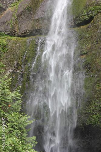 waterfall cascade movement