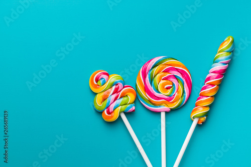 Various colorful lollipops. Tableau sur Toile