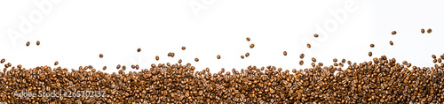 Photo sur Toile Salle de cafe panorama of coffee beans isolated on white background