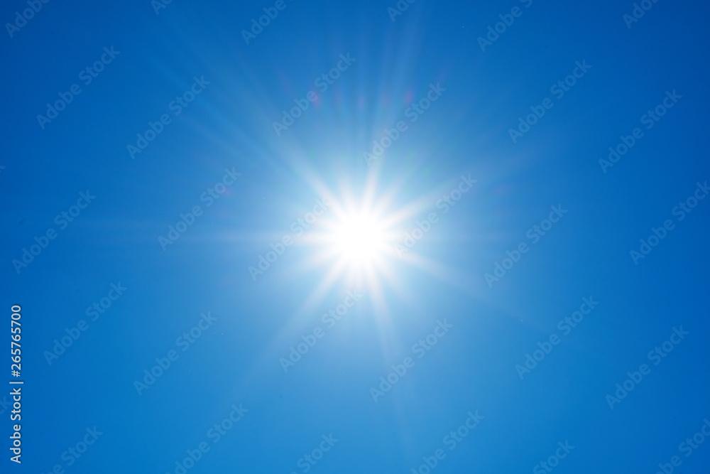 Fototapeta Słońce na tle nieba