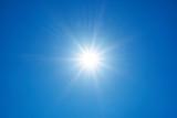 Słońce na tle nieba