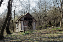 Abandoned Hunting Lodge In Aut...