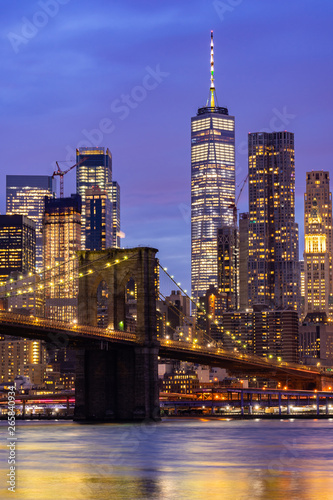 Brooklyn bridge New York - 265840934