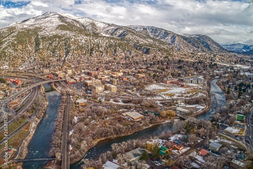 Valokuvatapetti Glenwood Springs is a Community in the Mountains of Colorado where two Rivers me