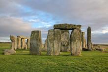 The Stones Of Stonehenge, A Pr...