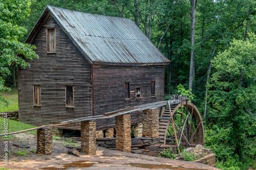 Fototapeta Homer, Georgia USA 06/10/17 Ragsdale Mill