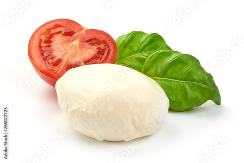Fotografía  Traditional Italian Mozzarella cheese and basil, close-up, isolated on white bac