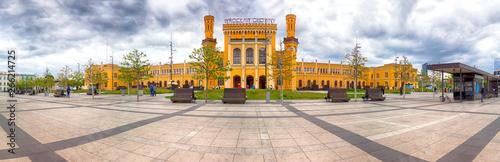 WROCLAW, POLAND - MAY 03, 2019: Main Railway Station in Wroclaw (Wroclaw Glowny) Fototapeta