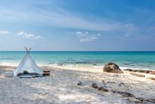Romantic White Picnic Tent On ...