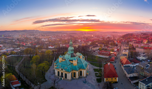Fototapeta Beautiful sunset over Jelenia Góra obraz